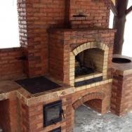 Барбекю комплекс: Мангал, тандыр, печь, построен с околотого кирпича